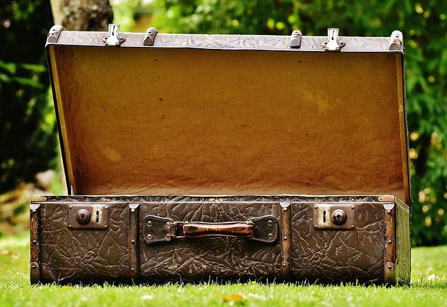 スーツケース トランク 夢占い