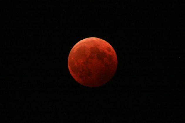 月食 夢占い