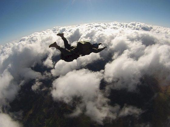 飛ぶ 夢占い