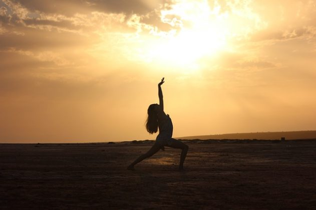踊る ダンス 夢占い