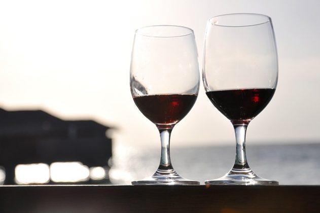 ワイン 夢占い